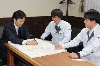 西岡貴史 取締役部長・森真也 係長・片山雄太 画像1